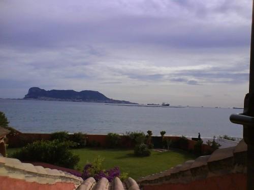 1-я линия моря Дом Вилла  Альхесирас Algeciras вид на Гиблартар Gibraltar