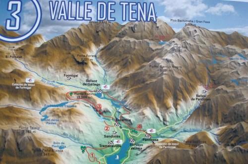 Долина Балье де Тена Valle de Tena. Горнолыжные курорты Формигаль и Пантикоса. Красивые пейзажи горные озера и реки.