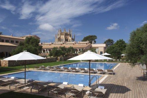 Отели Хилтон Hilton в Испании. Отель Хилтон на Майорке Са Торре Hilton Sa Torre Mallorca