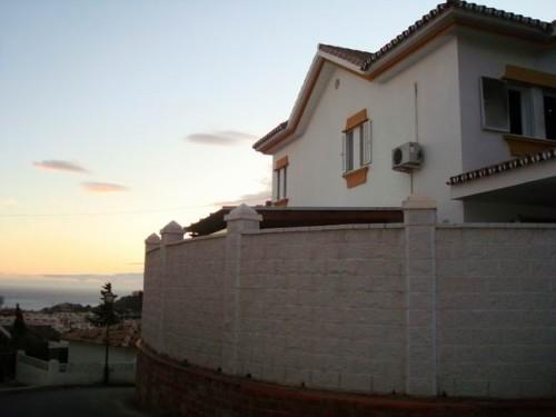 Дом Вилла с видом на море 383 м2 Коста дель Соль Малага Бенальмадена Коста  Benalmadena Costa Villa