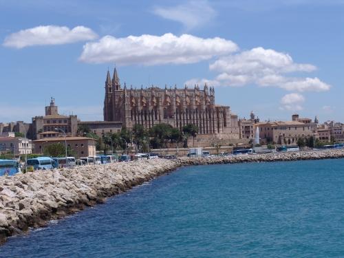 Экскурсии Пальма де Майорка . Кафедральный Собор Catedral Palma de Mallorca . Услуги гид и переводчик на острове Майорка.