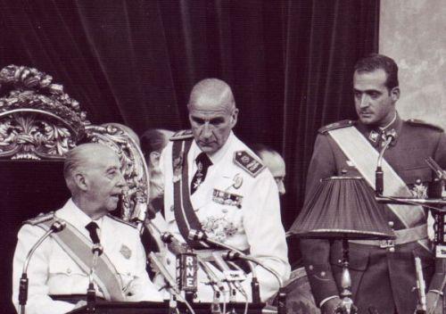 Генерал Франко провозглашает своим приемником принца Хуана Карлоса I 1969 год