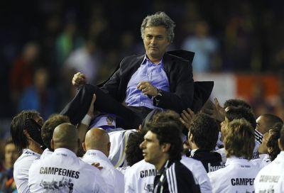 Моуриньо и Реал Мадрид  выиграли Кубок Испании , Кубок Короля 2011 Mou Copa del Rey