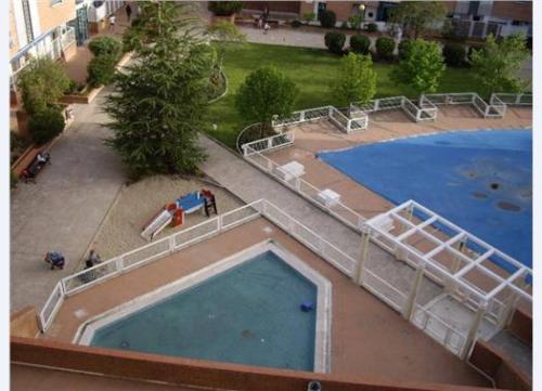 Квартира  в Мадриде 106 м2, в районе Орталеса Hortaleza бассейн сад