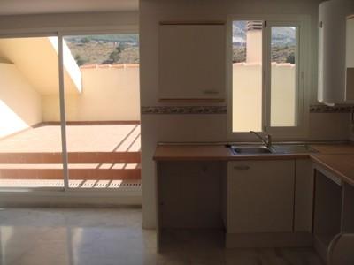 Новые дома Таунxаусы Townhouse  Фуэнхирола Fuengirola  на Коста дель Соль Costa del Sol провинция Малага Malaga Испания