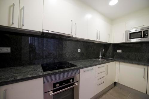 Новые апартаменты в центре Барселоны , кухни по вашему выбору