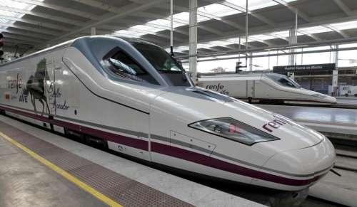 """""""Испанские Железные Дороги - Ренфе Renfe"""" , начнут продавать комбинированные билеты поезд-самолет, поезд-автобус."""