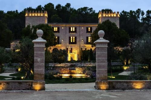 На Майорке в замке 18 века Кастель Сон Кларет Castell Son Claret 8 мая откроется новый 5* отель