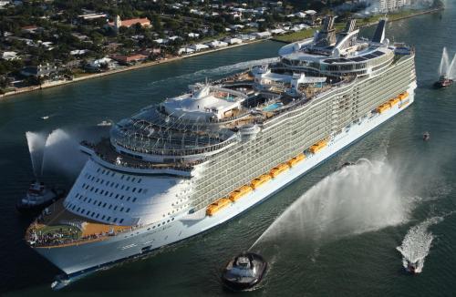 """Новости туризма в Испании - Самое большое круизное судно в мире """"Oasis of the Seas Оазис морей"""" 13 сентября прибудет в порт Барселоны"""