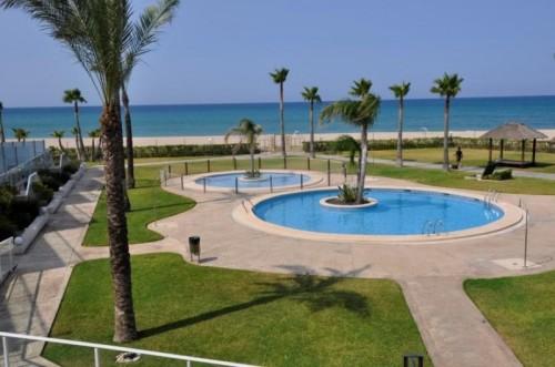 Аренда апартаментов на Коста Бланка Costa Blanca ,  город Дения (Denia) 1-я линия моря, пляж Лес Маринес (Les Marines, Las Marinas)