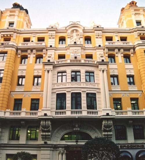 Новости туризма в Испании - На главной улице Мадрида Гран Виа Gran Vía ,  будет открыт новый отель