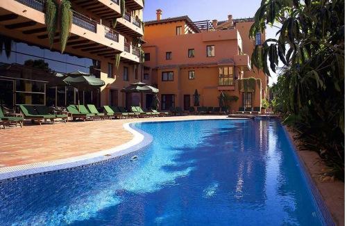 Продажа бизнеса в Испании - Продажа отеля 4* звезды СПА SPA на Коста дель Соль Costa del Sol, между Марбельей Marbella и Эстепоной Estepona