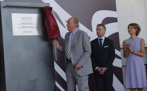 Официальное открытие бодеги Макан Macán экс Королем Испании Хуаном Карлосом Juan Carlos.